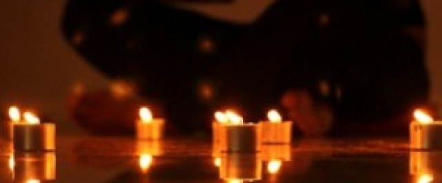 NEW CLASS: Join Jayne every Monday for Candlelight Flo